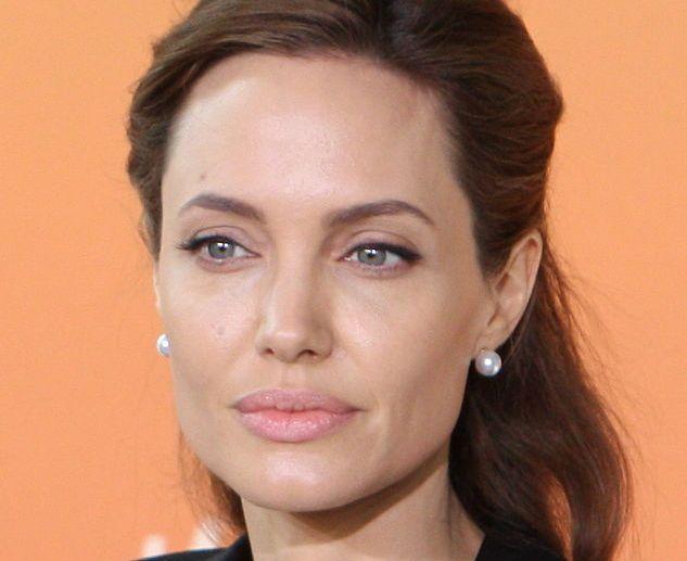 Photo of Ova glumica će naslijediti Angelinu Jolie u ulozi Lare Croft