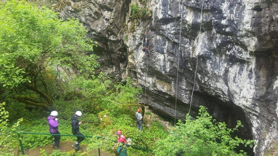 Photo of Penjači iz Finske u Lici vježbali iznad pećine Samograd