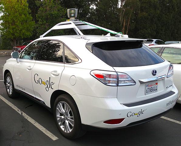 Photo of U slučaju sudara Google bi pješake zalijepio na automobil
