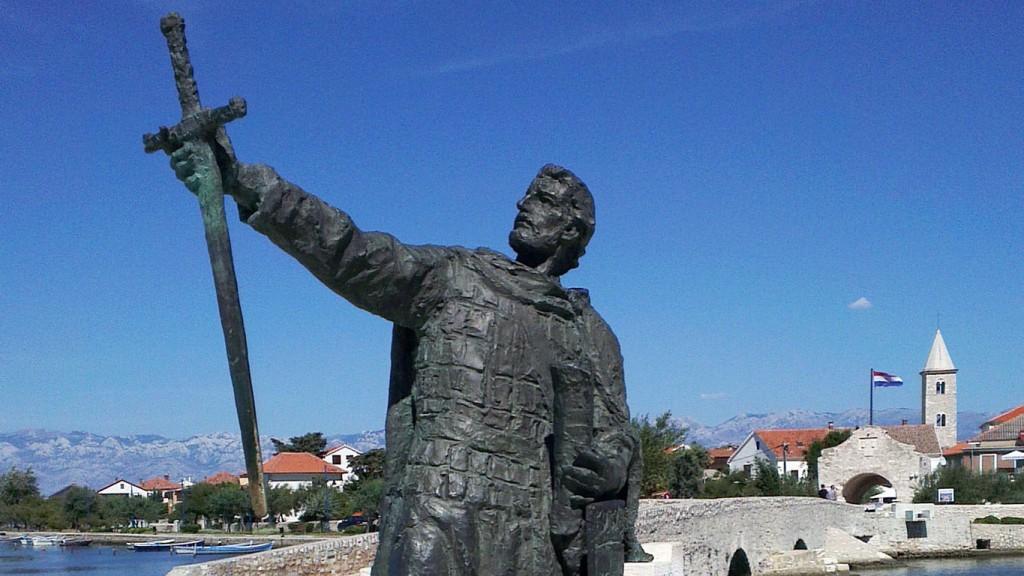 Photo of CRTICE IZ POVIJESTI: Knez Branimir