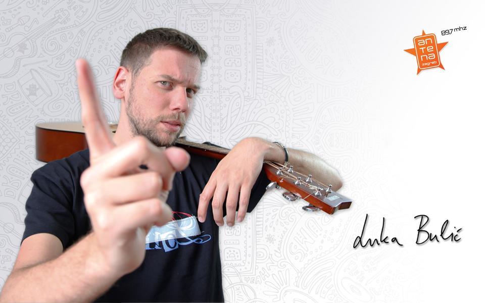 "Photo of Luka Bulić snimio novi Bullhit – ""Teške torbe"""