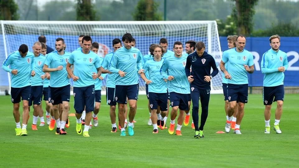 Photo of Hrvatska je proglašena najboljom momčadi Europskog prvenstva!