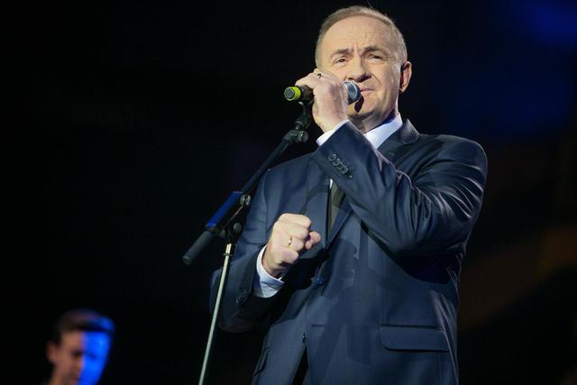 Photo of Mate Bulić proslavio 30 godina karijere i predstavio novu pjesmu