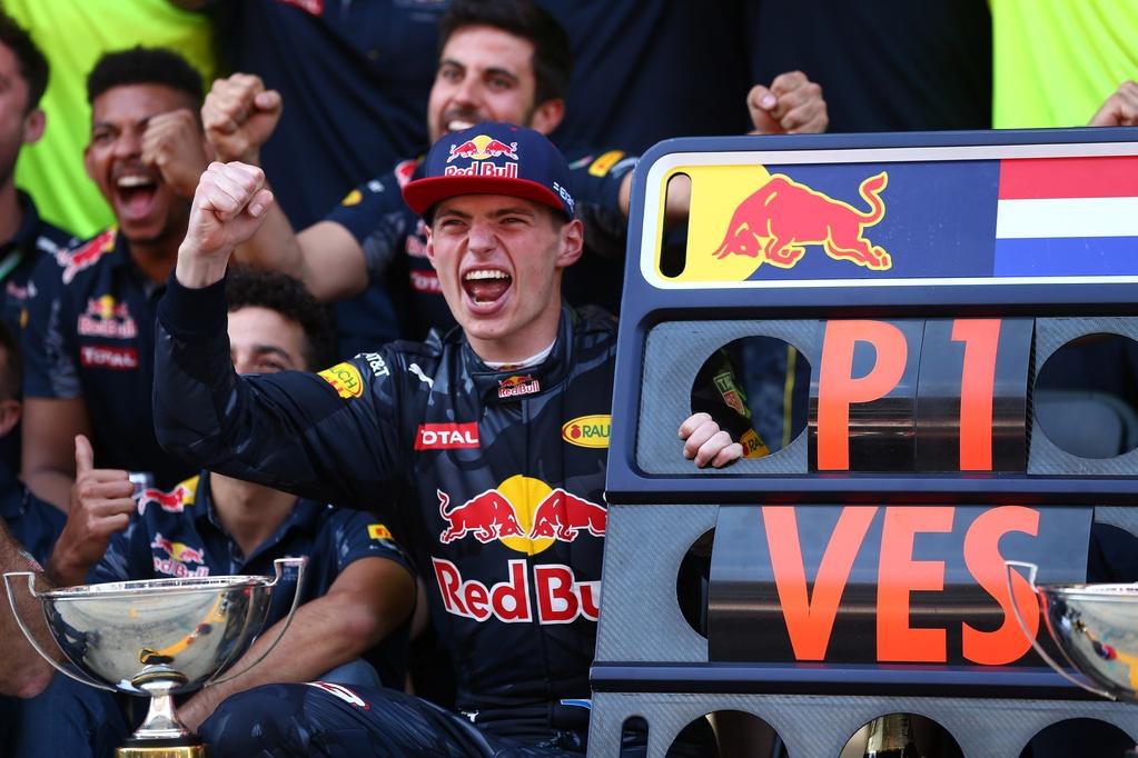 Photo of Max Verstappen – prvi tinejdžer na tronu
