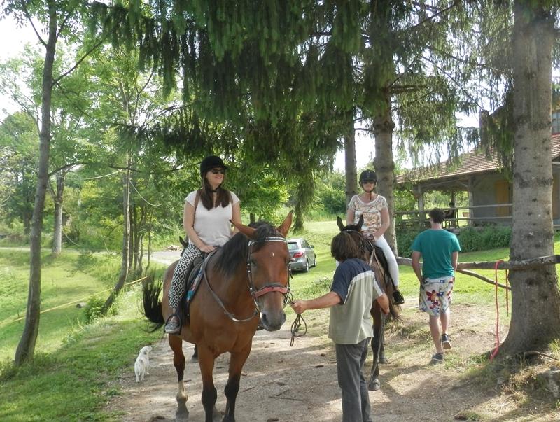 Photo of Nizozemski i belgijski turistički agenti posjetili Plitvičke doline