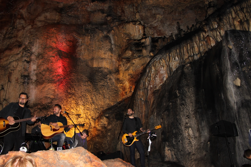 Treking 12 - Vatra u pećini