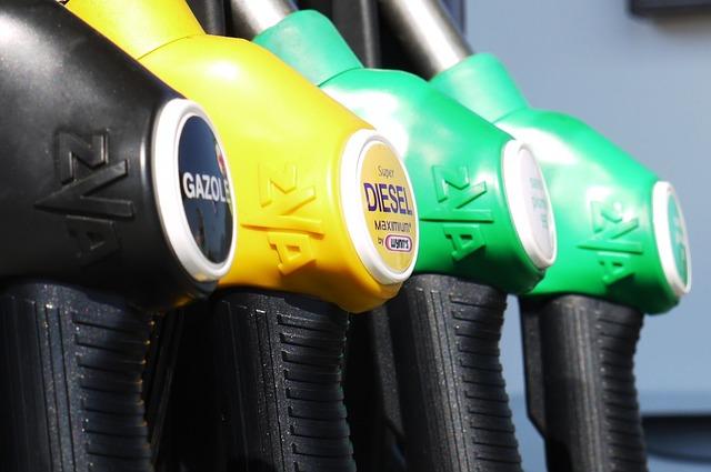 Photo of Od utorka jeftinije gorivo