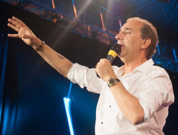 Photo of VIDEO Grdović ima novu pjesmu: Ostavljam vas moji najdraži