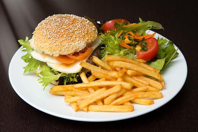 Photo of Veličina i oblik tanjura utječu na okus hrane