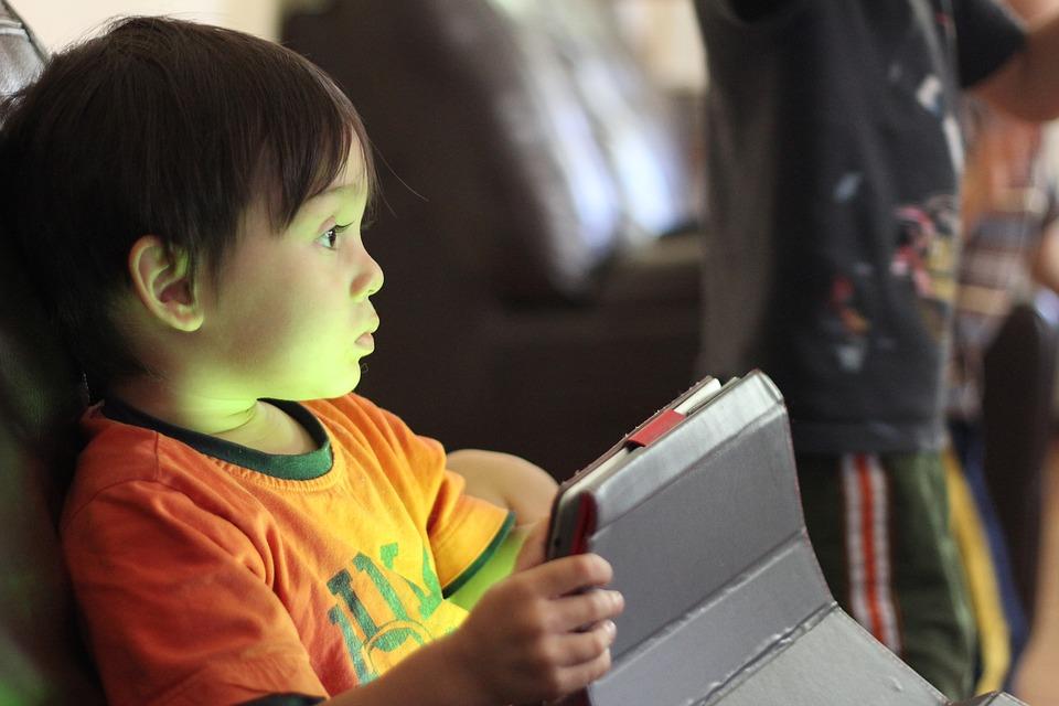 Photo of Zaštitite svoje dijete od opasnosti koje prijete na internetu