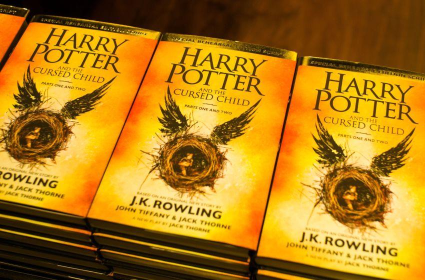 """Photo of """"Harry Potter and the Cursed Child""""  podijelila kritičare"""
