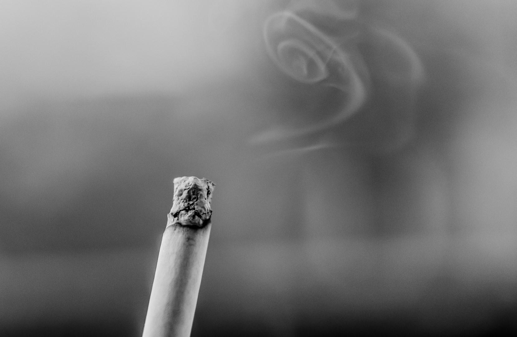 Photo of Pušenje u autu štetnije i od udisanja plinova iz auspuha