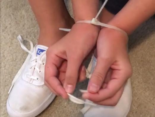 Photo of VIDEO: Kako osloboditi vezane ruke?