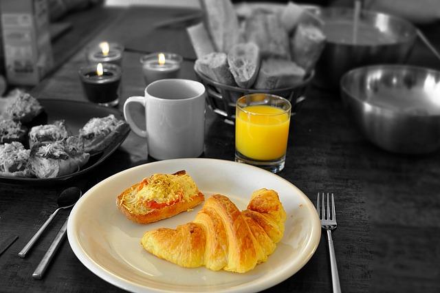 Photo of Doručak kod kuće ili doručak iz pekare?
