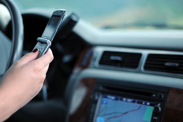Photo of Priča zbog koje nećete voziti i tipkati na mobitel