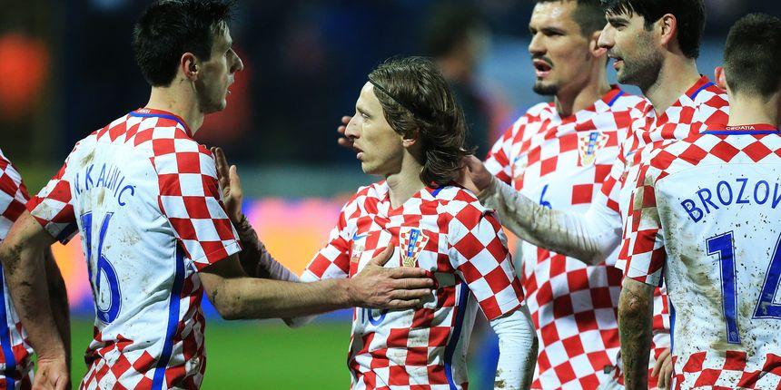 Photo of Hrvatska reprezentacija unatoč remiju napredovala na ljestvici FIFA-e