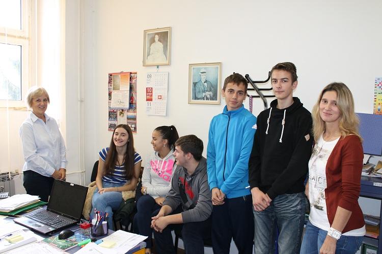 Photo of Gospićki gimnazijalci uz učenje i druženje proveli 8 dana u Poljskoj