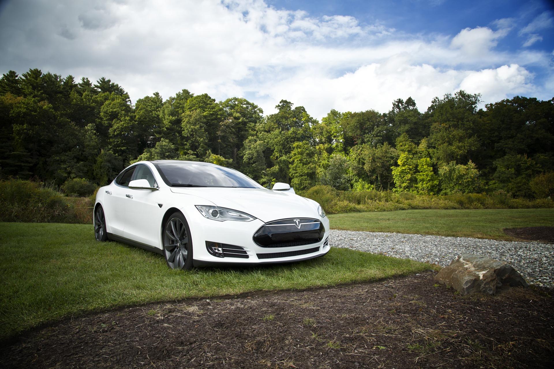Photo of Tesla Motors oglasio radno mjesto sa početnom plaćom od 29.000 kn