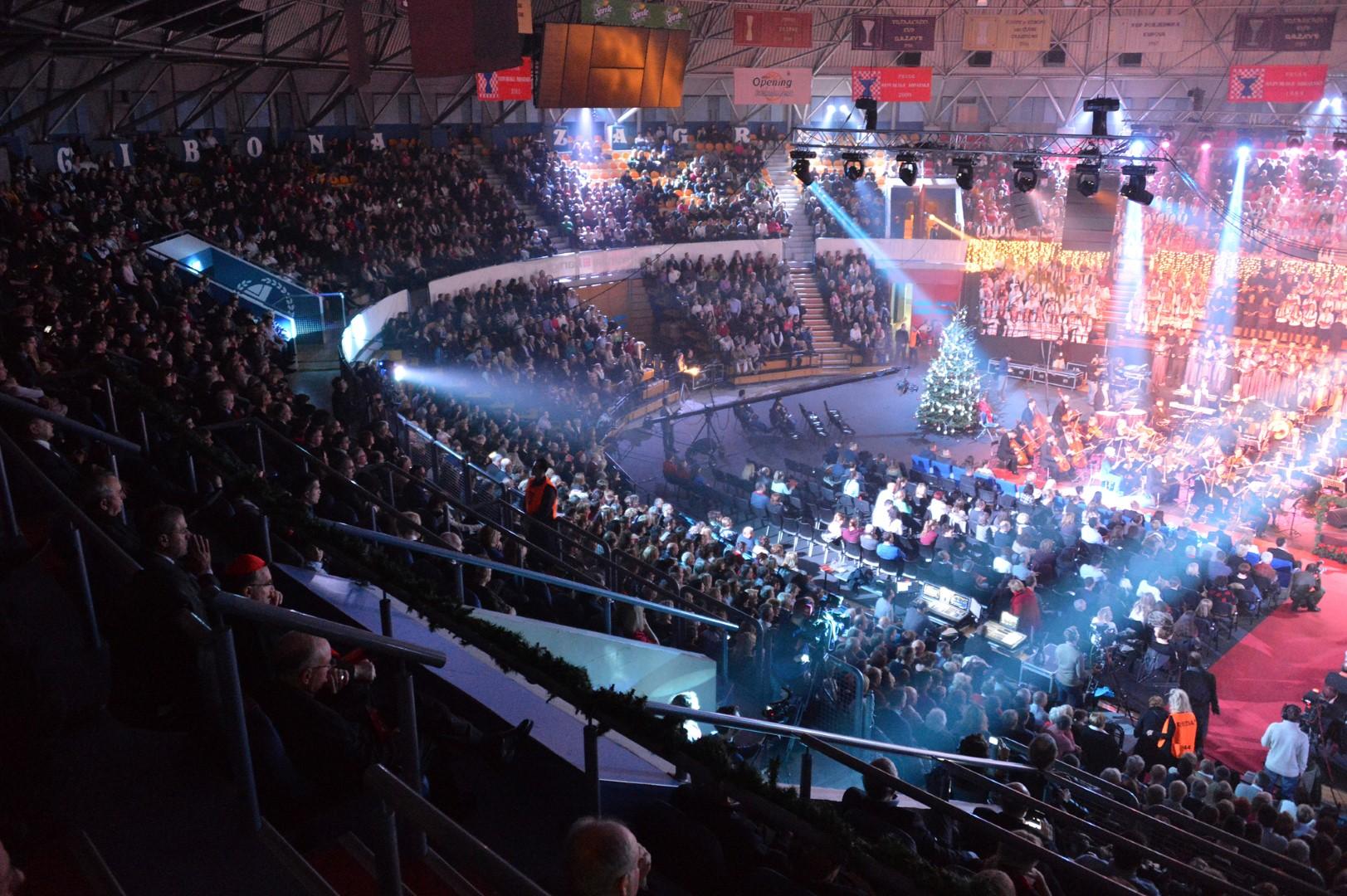 Photo of ZAGREB Na 28. Božiću u Ciboni pjevati će više od 1000 izvođača! Najavljen i prijenos na HRT-u