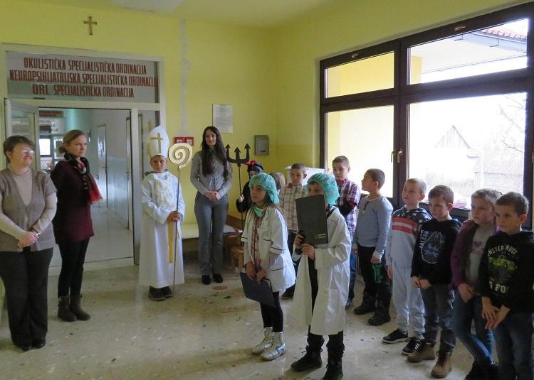 Photo of Sveti Nikola darivao je male pacijente Dječjeg odjela Opće bolnice Gospić