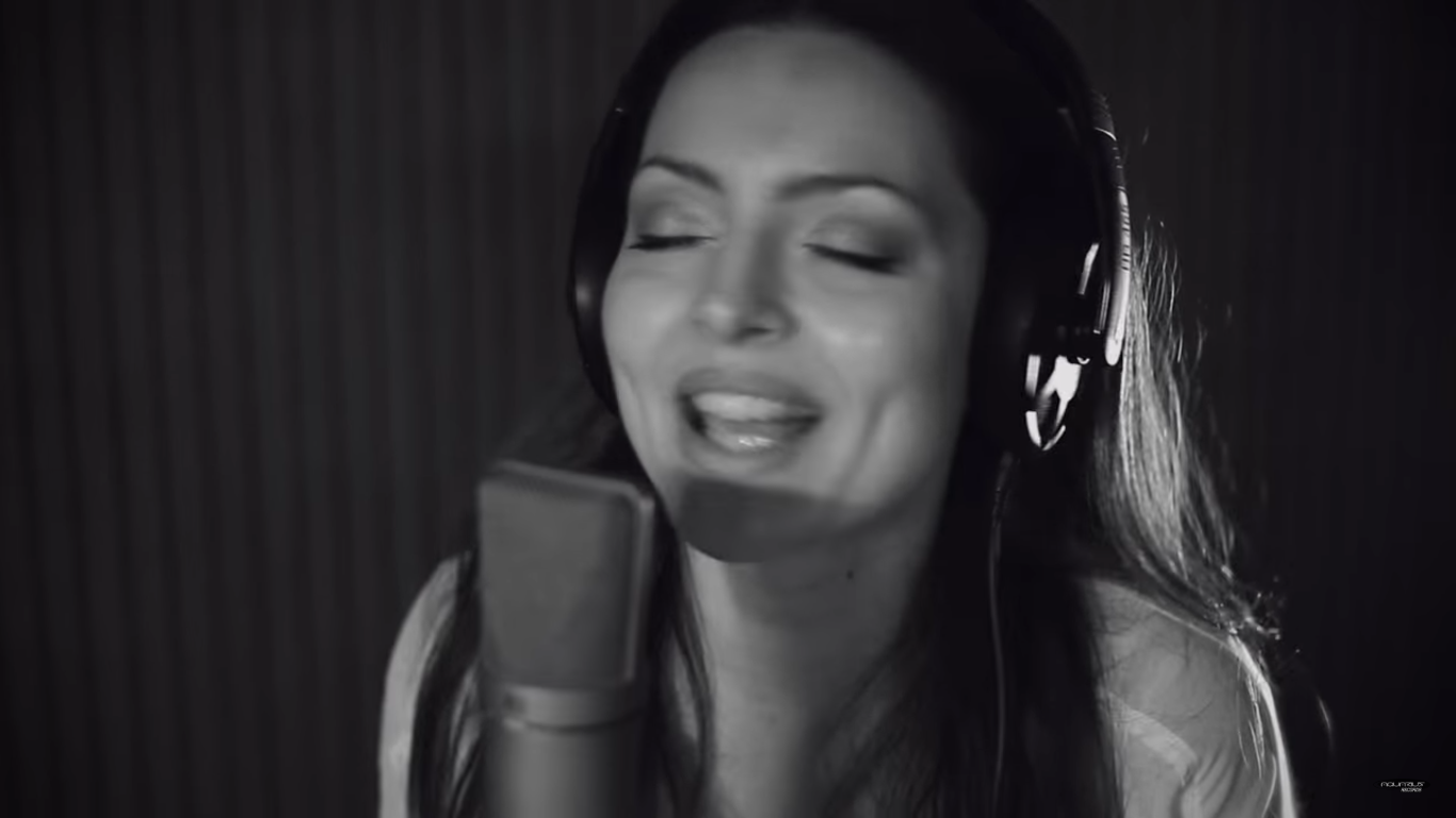 "Photo of Mlada glazbenica Ana Opačak predstavila spot za pjesmu ""Bam Bam"""