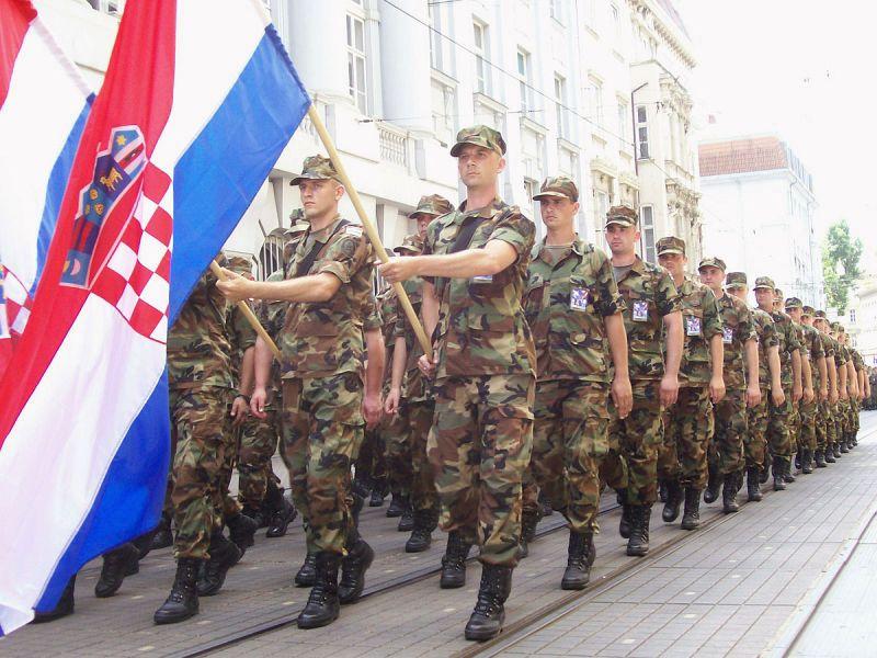 Photo of Hrvatska vraća obvezni vojni rok