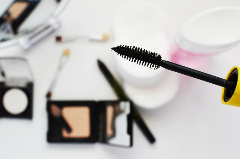 Photo of Pogreške pri šminkanju koje radimo u žurbi