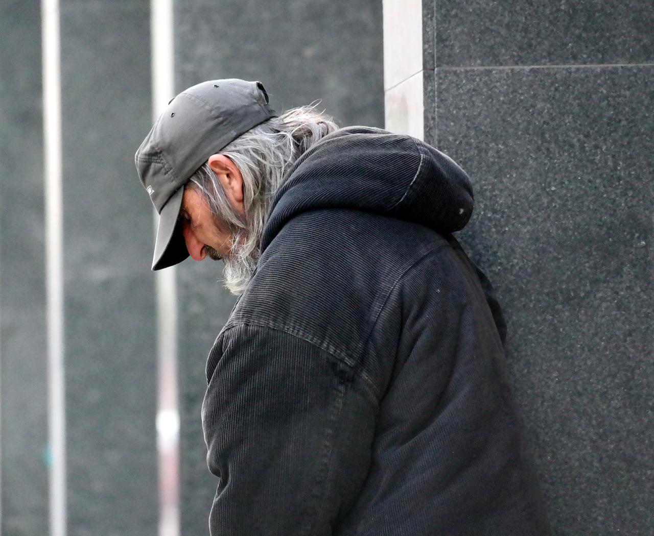 Photo of Ostavite svoj stari kaput nekome kome je potreban