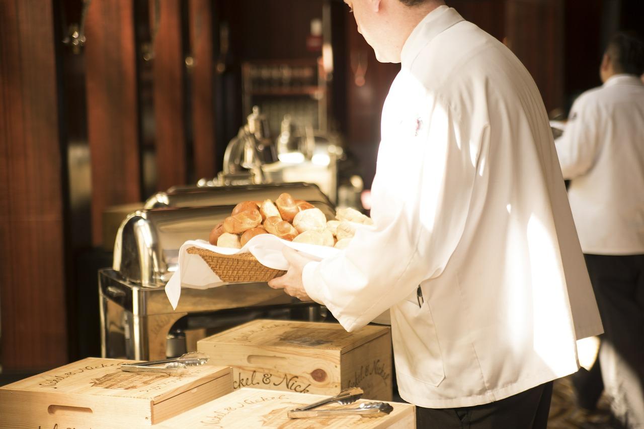 Photo of Nedostaju vam djelatnici za rad u hotelu, restoranu ili kafiću? Postoji rješenje!