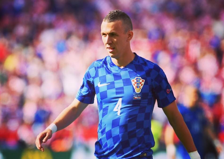 Photo of EU želi jednu promjenu na dresu hrvatske nogometne reprezentacije