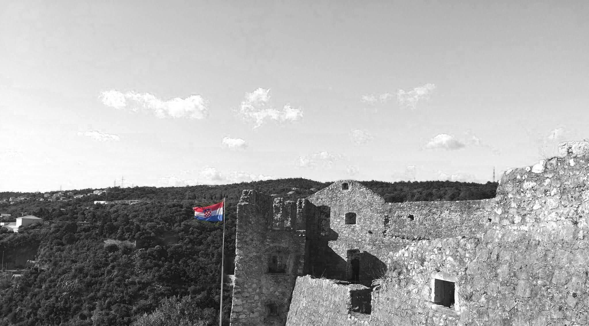 Photo of Vijesti iz Hrvatske: Hrvatski rukometaši linčovani!