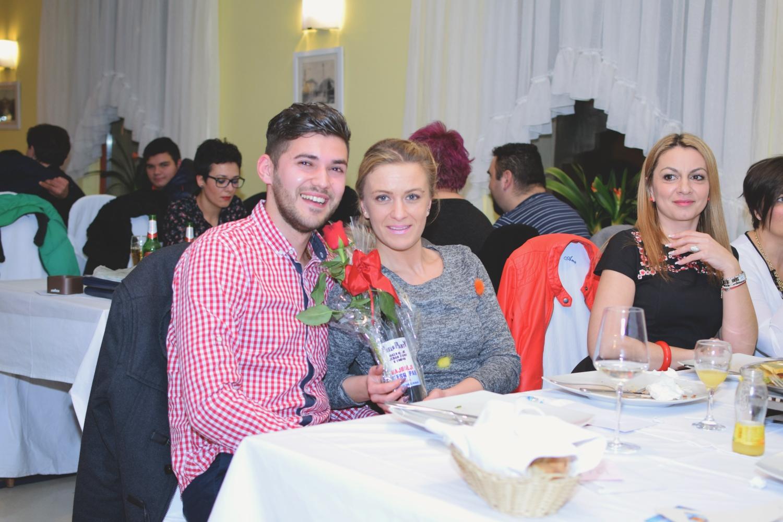 Photo of FOTO Pjevači amateri, najbolji plesni par i dodjela zahvalnica na zabavi u Gospiću