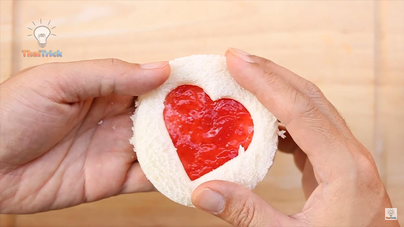 Photo of Doručak za zaljubljene: Razveselite voljenu osobu hranom u obliku srca