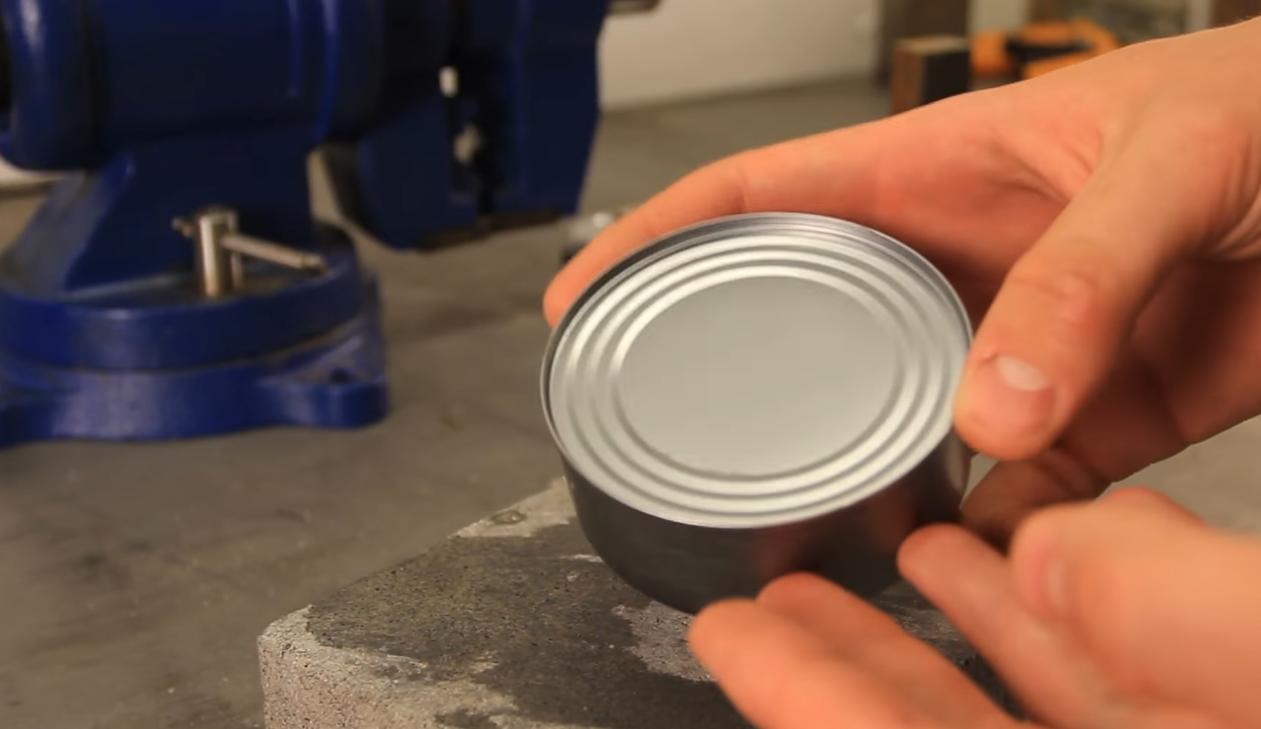 Photo of VIDEO Kako otvoriti konzervu kad nemate otvarač?