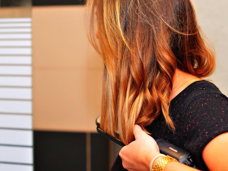 Photo of Najčešće greške koje radimo kod peglanja kose