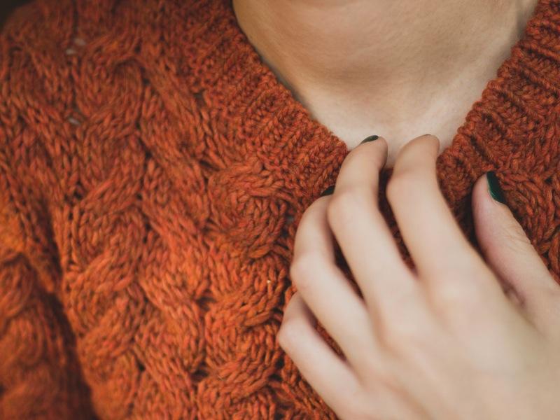 Photo of Kako ukloniti mucice s vunene odjeće?