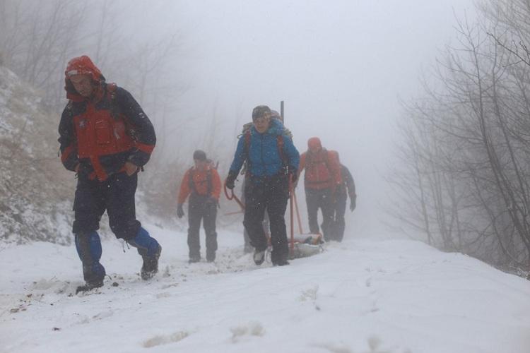 Photo of Visočica: Snježna mećava na zimskoj vježbi Gospićkog HGSS-a