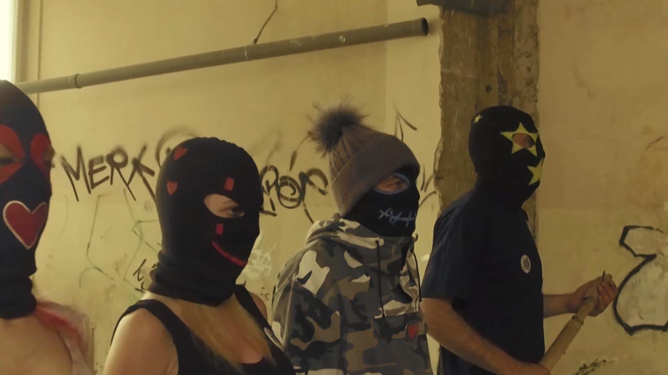 "Photo of Hit singl Parnog Valjka ""Ljubav"" dobio i video priču!"