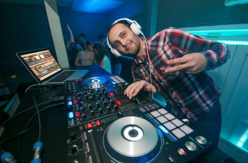 Photo of Lički DJ DANNY BLACK pobjednik je DJ natječaja za nastup u Dubrovniku!