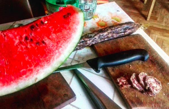 """Photo of """"KOBASIC I LUBENIC"""": Pogledajte kako Ličanka doručkuje!"""