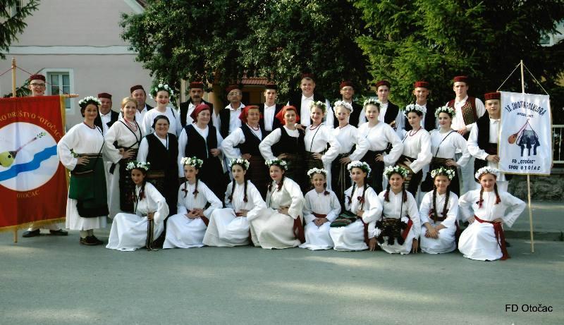Photo of Folklorno društvo Otočac u subotu u Zadru
