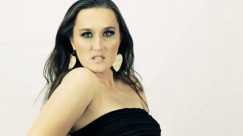 Photo of Poslušajte prvu pjesmu mlade Ličanke Marijane Vukelić!