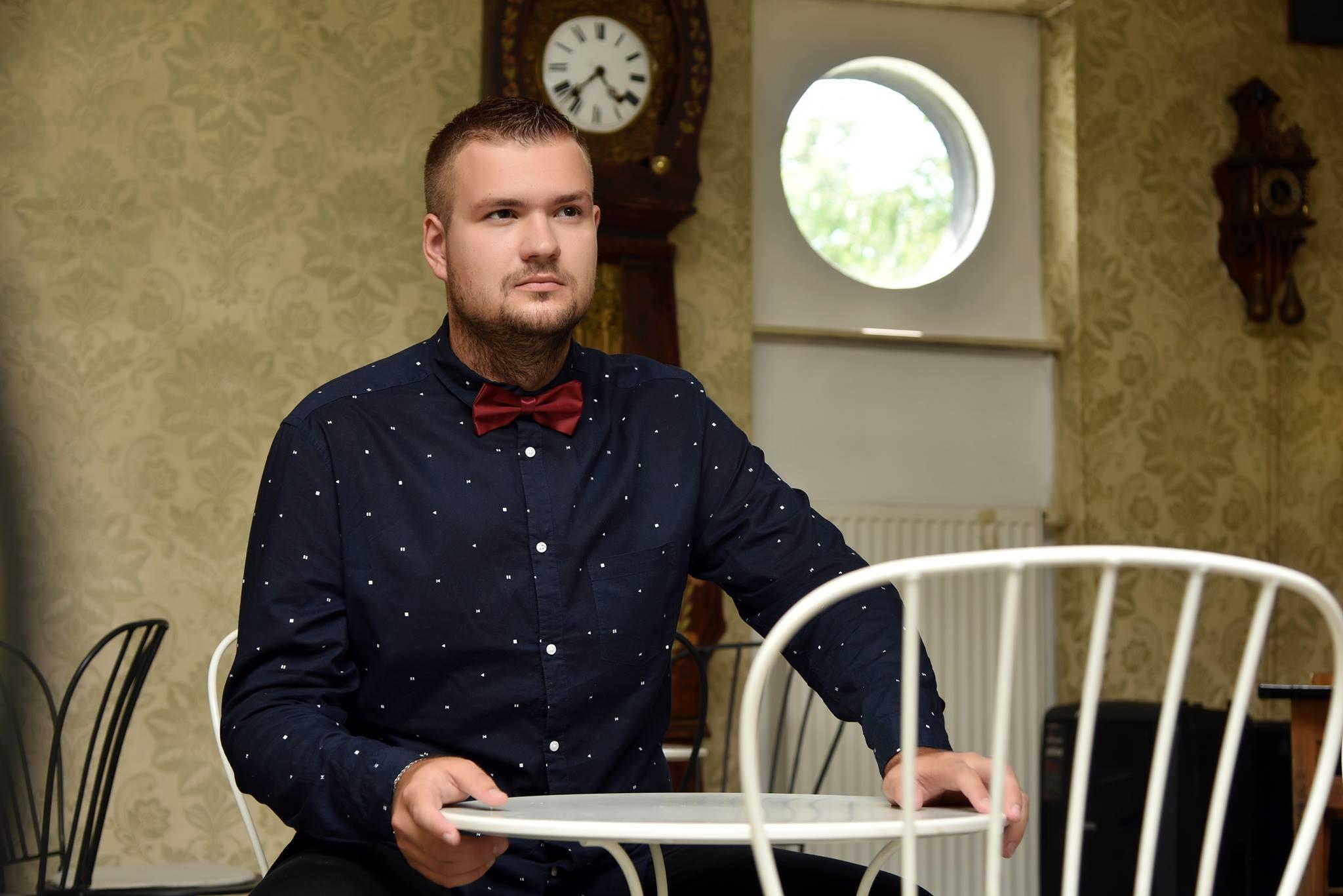 """Photo of INTERVIEW Matej Plavček: """"Kroz kantautorske pjesme ljudi dosta toga mogu o meni otkriti"""""""