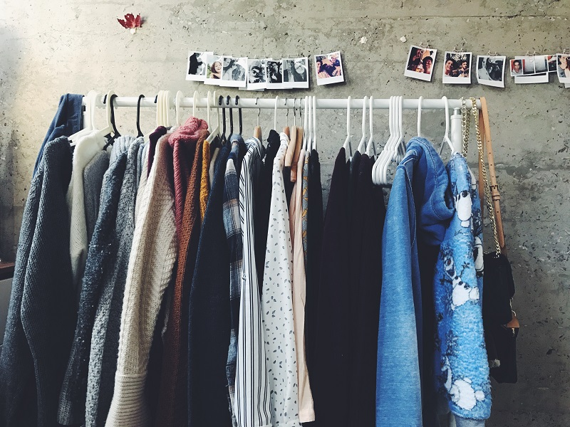 Photo of Vrijeme je da iz ormara izbacite ovih deset odjevnih komada kako biste končano napravili mjesta