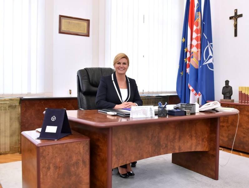 Photo of Predsjednica Kolinda Grabar-Kitarović danas će posjetiti Perušić, Senj i Otočac