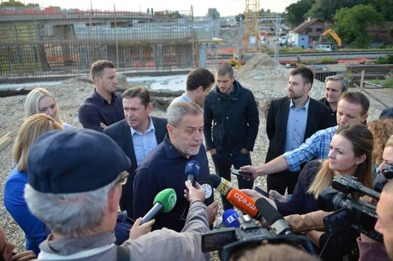 Photo of Gradonačelnik Bandić poslao pomoć poplavljenom Zadru