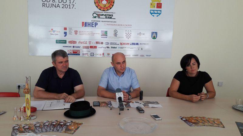 Photo of Gradonačelnik Bosančić pozvao goste na 52. Vinkovačke jeseni