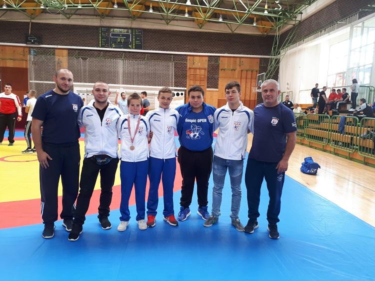 Photo of Frane Radošević osvojio broncu na državnom prvenstvu u hrvanju slobodnim načinom