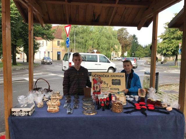 Photo of Zadrugari iz Kosinja pokazali svoje rukotvorine u Ogulinu
