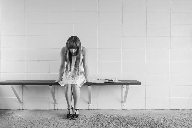 Photo of 10 stvari koje nikada ne smijete reći depresivnoj osobi